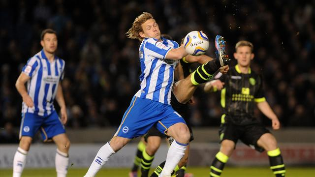 Championship - Brighton and Leeds share spoils in thriller