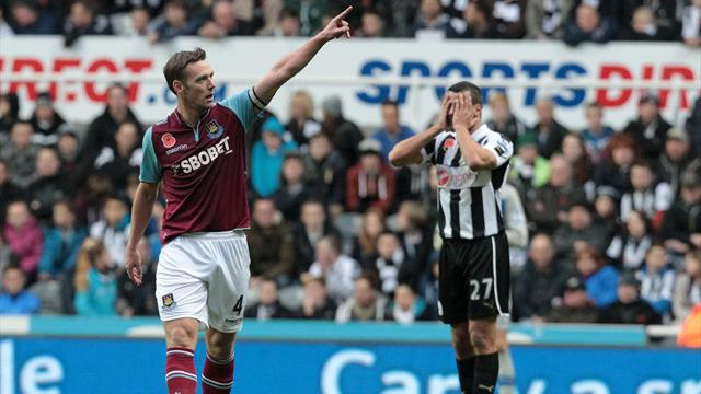 Premier League - Nolan haunts Newcastle as West Ham win
