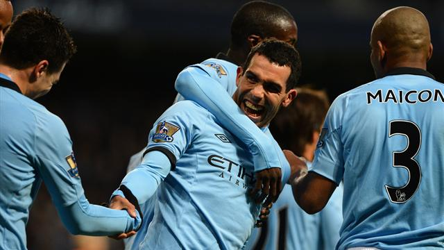Premier League - Aguero, Tevez sink doubles in City romp
