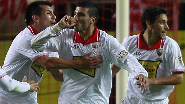 Spanish Liga - Sevilla too good for Zaragoza