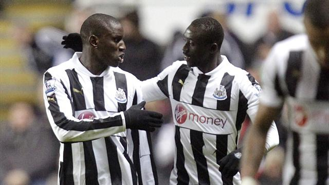 Premier League - Ba hits double as Newcastle end losing run
