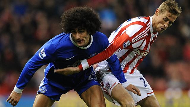 Premier League - Fellaini in headbutt row as Stoke hold Everton