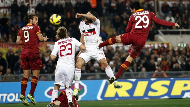 Serie A - Lamela hits double as Roma floor listless Milan 