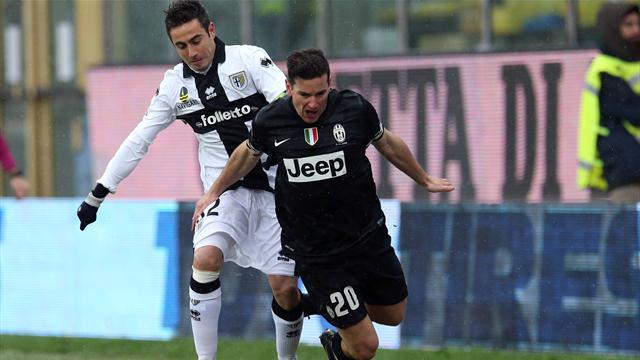 Serie A - Parma hold leaders Juventus