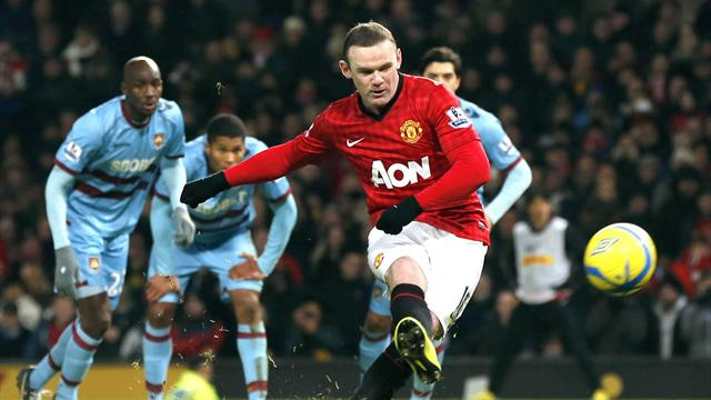 FA Cup - Manchester United through despite Rooney howler