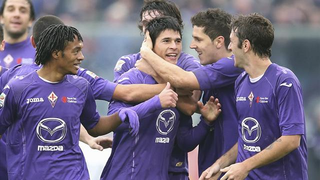 Serie A - Roncaglia scores freak goal as Fiorentina hold Napoli