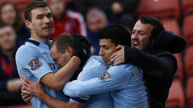 FA Cup - Zabaleta's late strike sees City past Stoke