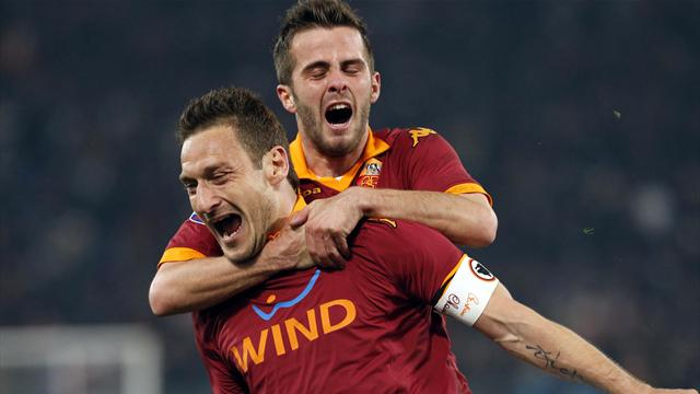 Italian Serie A - Totti screamer downs Juventus