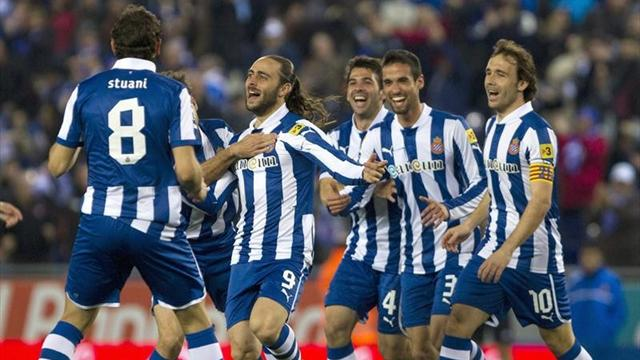 Spanish Liga - Garcia helps Espanyol beat Betis