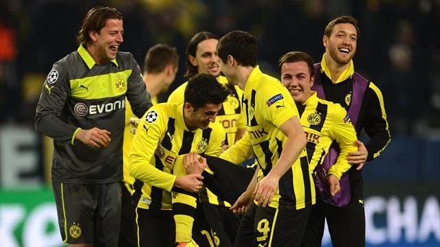 Champions League - Goetze shines as Dortmund surge into last eight