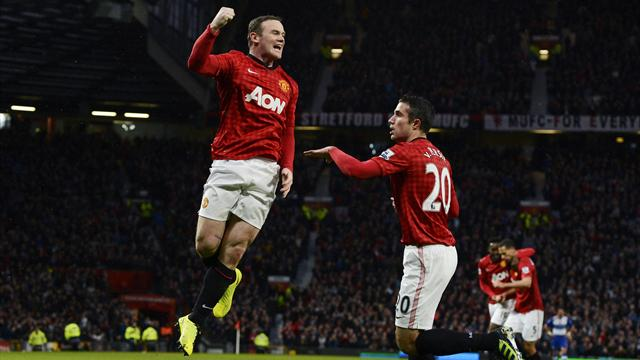 Premier League - Rooney sends United 15 points clear