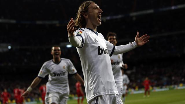 Liga - Modric scores stunner as Madrid beat Mallorca