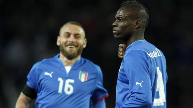 World Cup - Balotelli scores stunner as Italy hold Brazil
