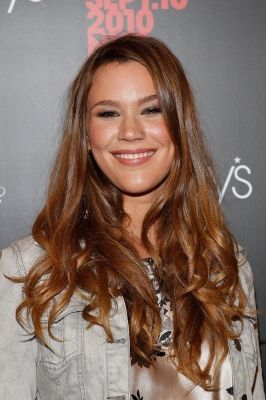 Joss Stone Calls Murder Plot Against Her A 'Crazy' Incident