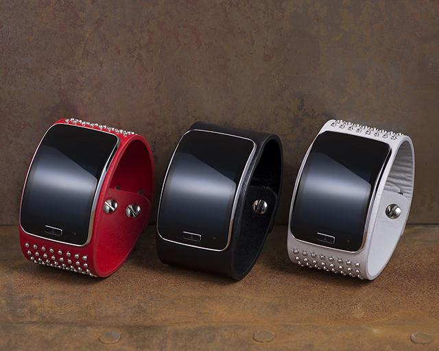 Samsung and Diesel Black Gold team up to make the wildest looking smartwatch yet