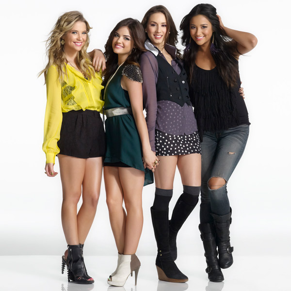 053012_pretty_little_liars_puzzle_featured