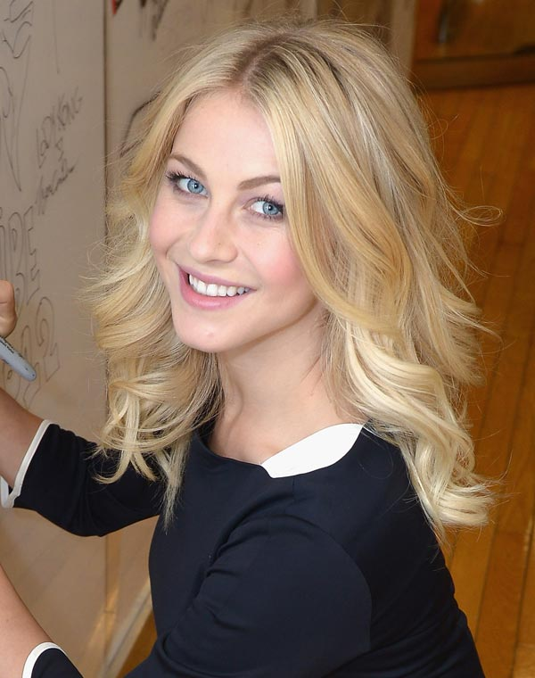 julianne-hough-cheeks-ftr-145765455