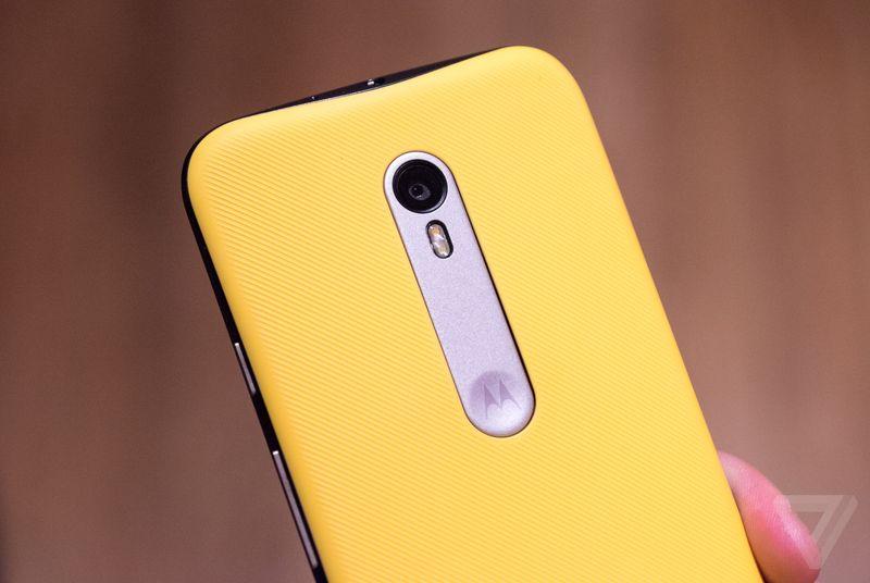 Moto G hands-on: Motorola's most popular phone gets a premium upgrade