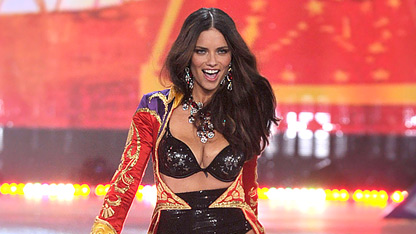 Adriana Lima Talks VS-Ready Post-Baby Body