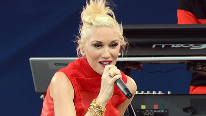 Gwen Stefani Gets Festive in Red