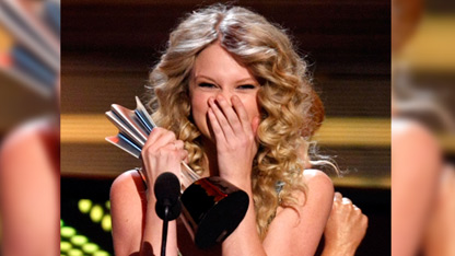 Taylor Explains Her Signature 'Shocked Face'