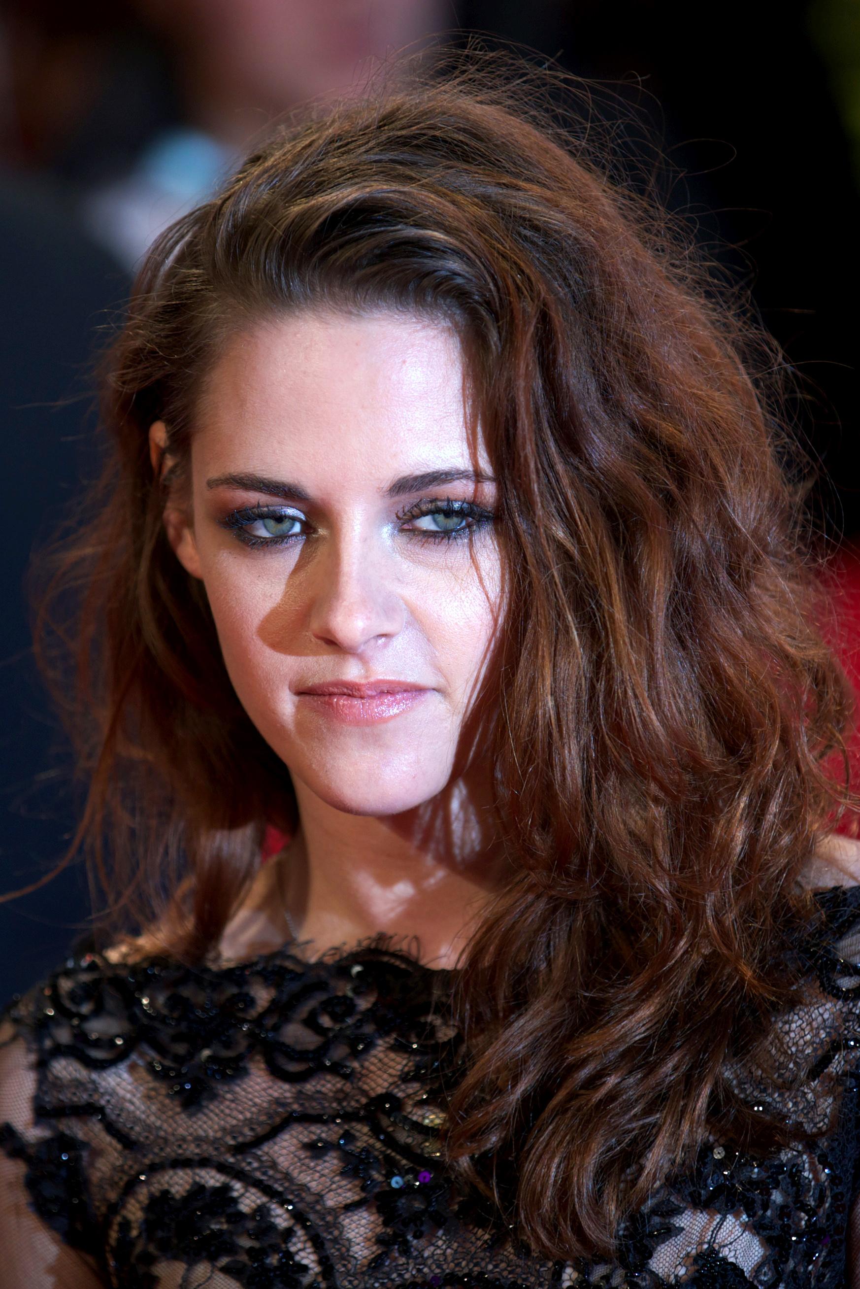 'Twilight' short films to debut on Facebook