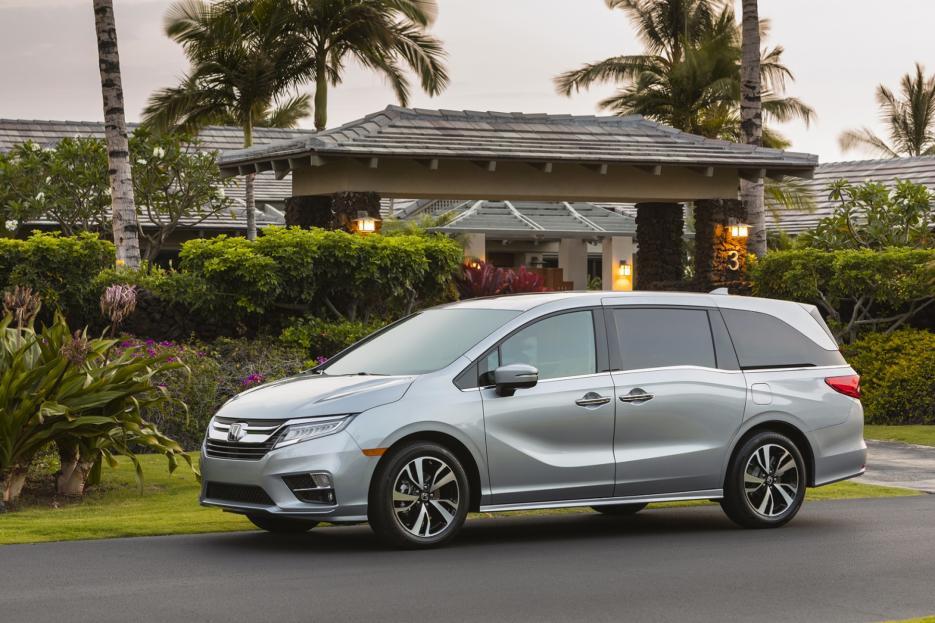All new Odyssey minivans to get 10-speed automatic transmission as the model turns 25