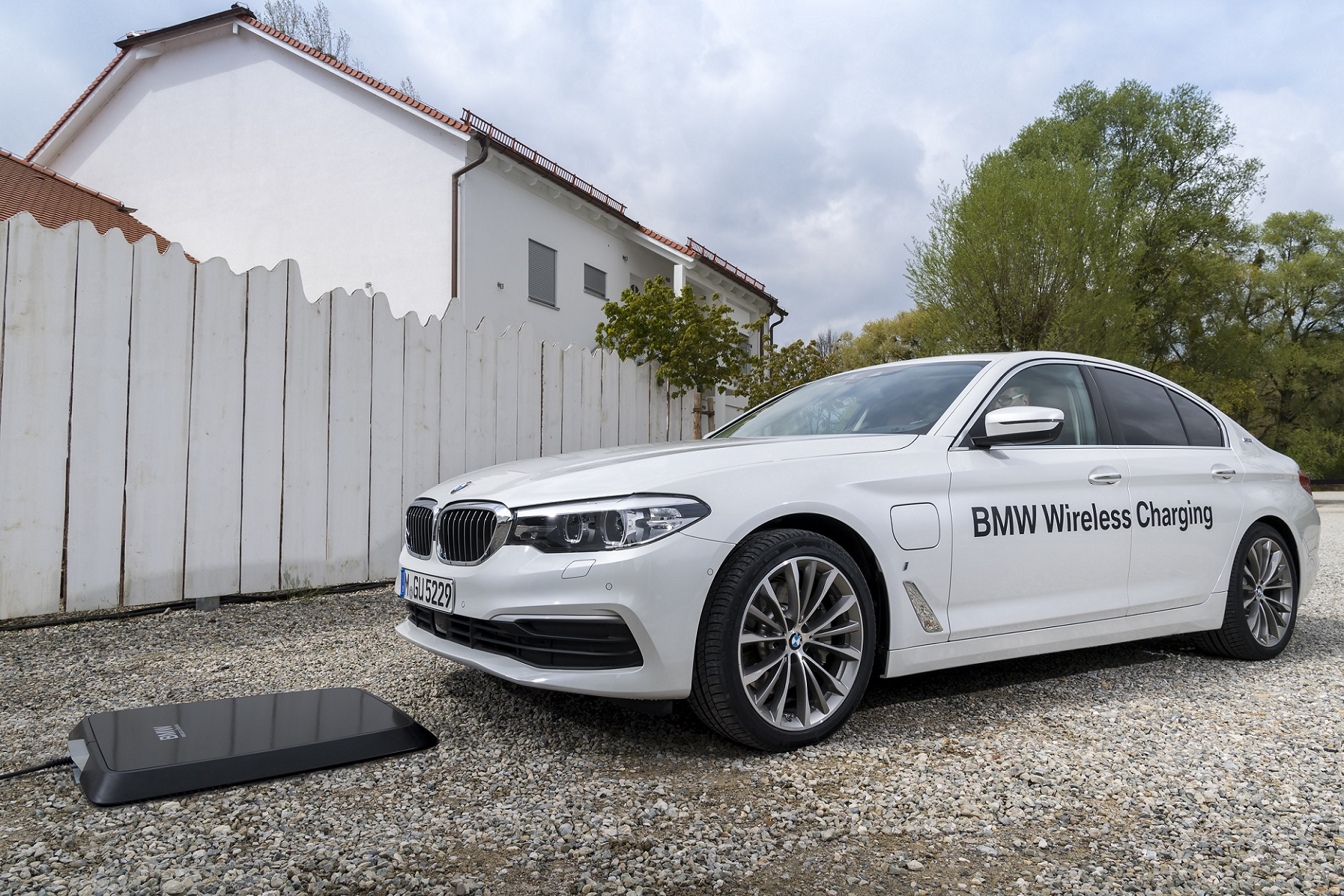 BMW to convert personal garages into inductive EV charging stations