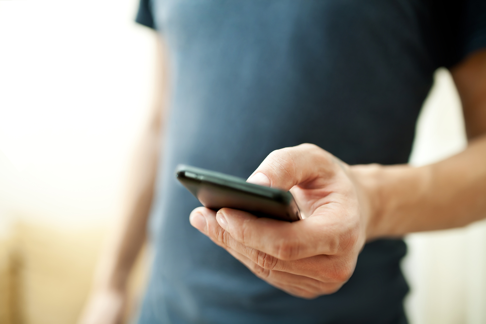 Android flaw lets hackers break in with a text message