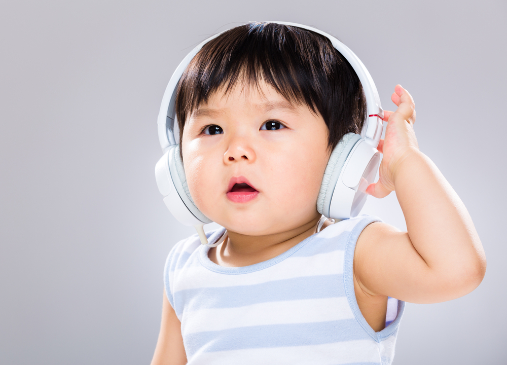Rhapsody hopes music streaming is child's play