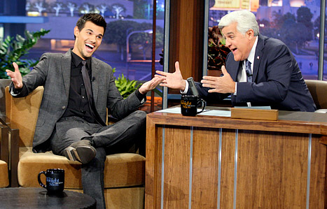Taylor Lautner Teases Twilight Saga: Breaking Dawn - Part 2 Twist on The Tonight Show