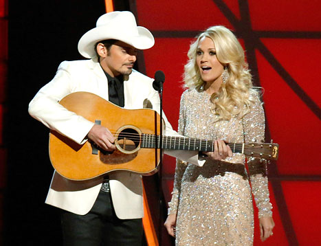 Carrie Underwood, Brad Paisley Mock Taylor Swift&#39;s Breakup With Conor Kennedy at Country Music Association Awards