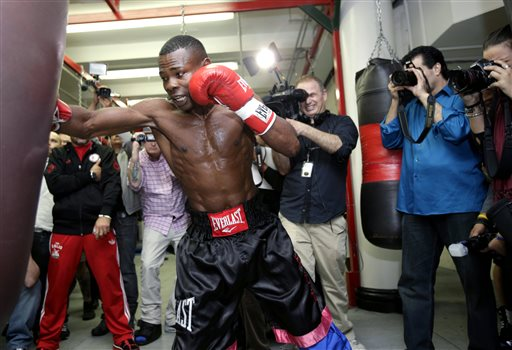 Guillermo Rigondeaux works out for reporters, Tuesday in New York. (AP)