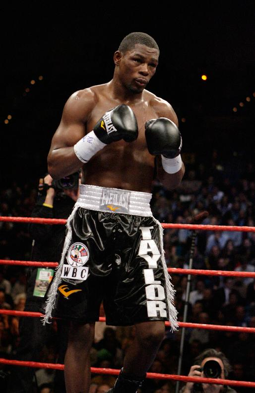 Jermain Taylor during the fourth round of a 12-round rematch with Kelly Pavlik at the MGM Grand hotel and casino in Las Vegas, Saturday, Feb. 16, 2008