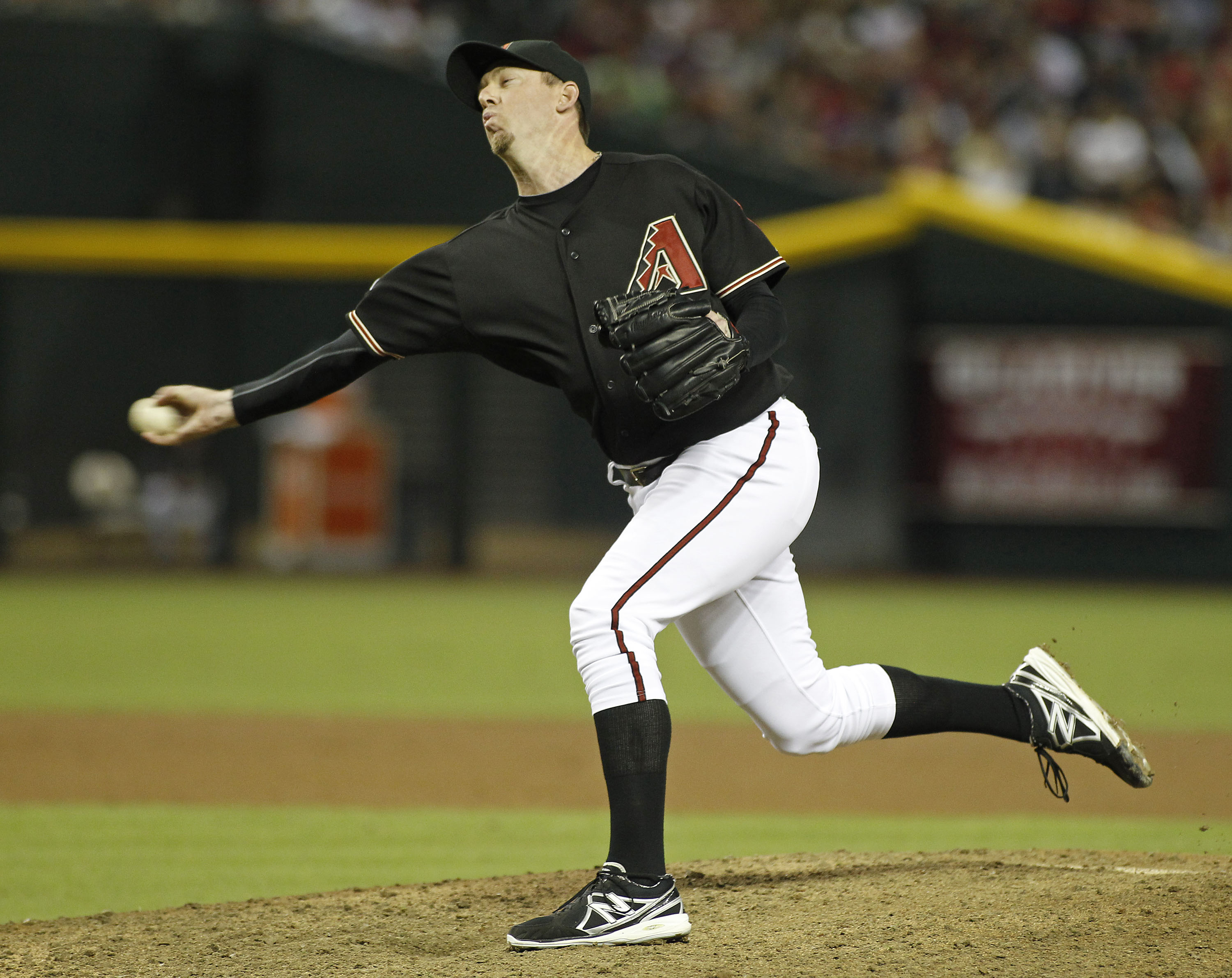 Arizona Diamondbacks pitcher Brad Ziegler delivers to Washington Nationals pinch hitter Zach Walters during the ninth inning of a baseball game on Saturday, Sept. 28, 2013, in Phoenix