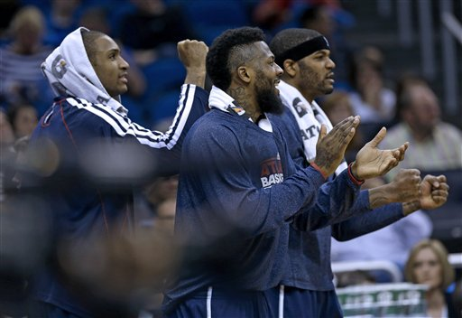 Hawks Magic Basketball
