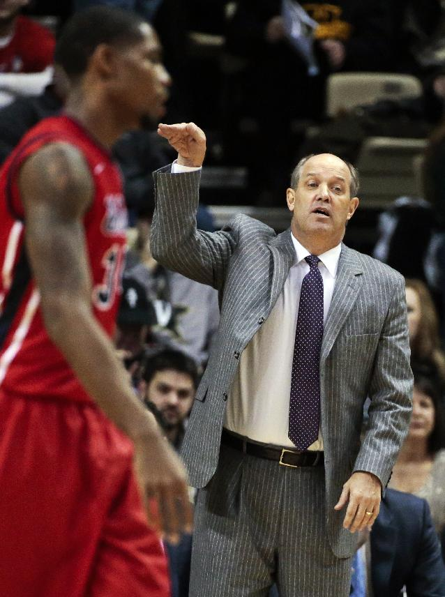 Vanderbilt head coach Kevin Stallings signals to his team in the second half of an NCAA college basketball game against Mississippi, Wednesday, Jan. 22, 2014, in Nashville, Tenn. Mississippi won 63-52
