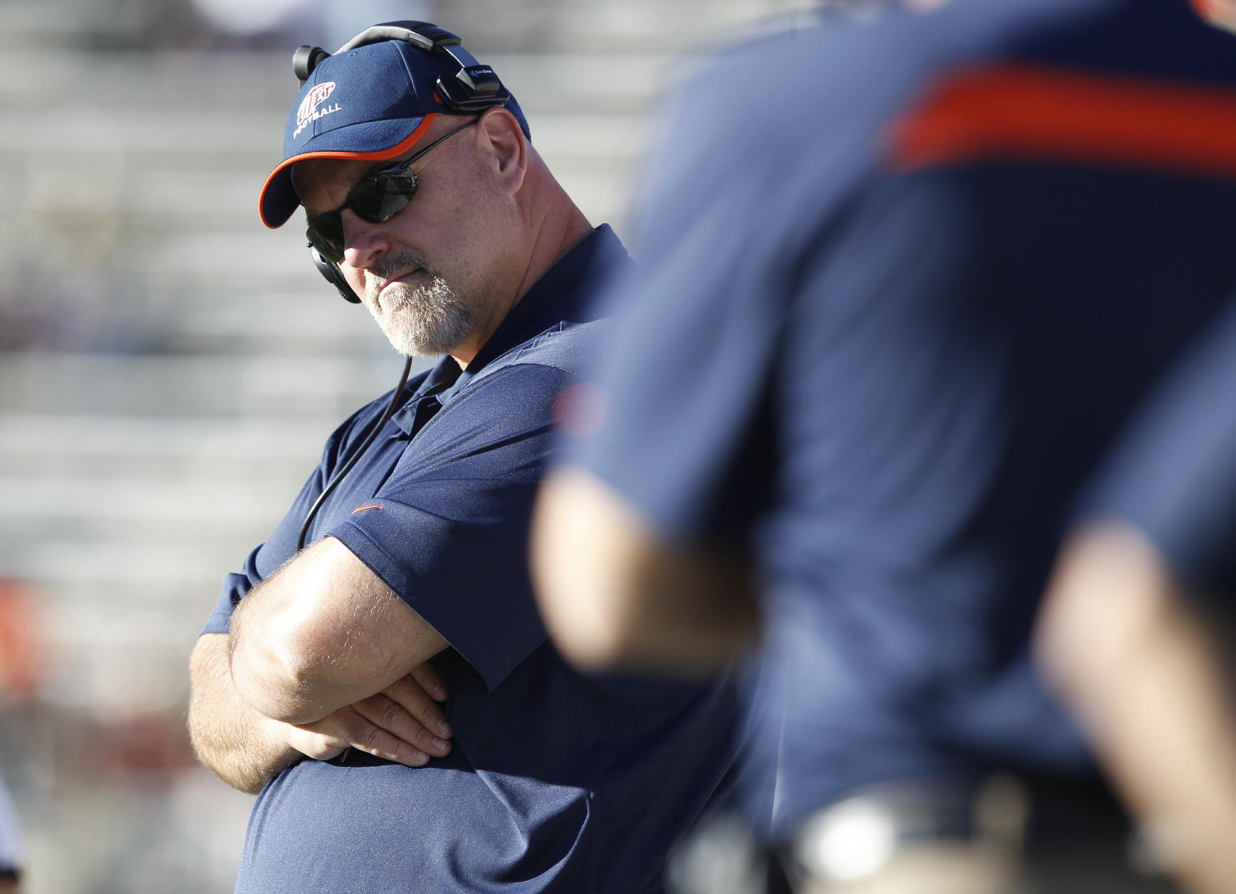 UTEP head coach Sean Kugler looks on against Colorado State as time runs out in the fourth quarter of Colorado State's 59-42 victory in an NCAA college football game in Fort Collins, Colo., Saturday, Sept. 28, 2013
