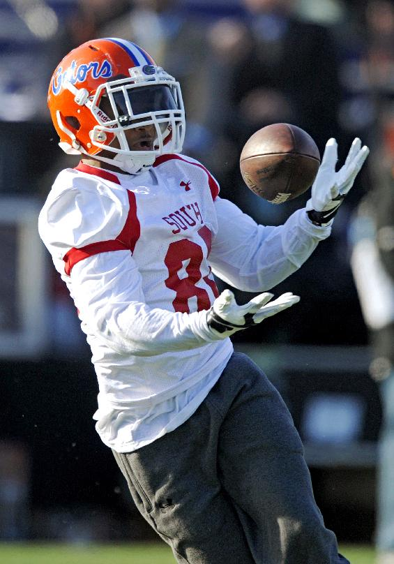 South Squad wide receiver Solomon Patton of Florida (80) bobbles, then catches this pass during Senior Bowl practice at Ladd-Peebles Stadium, Thursday, Jan. 23, 2014 in Mobile, Ala
