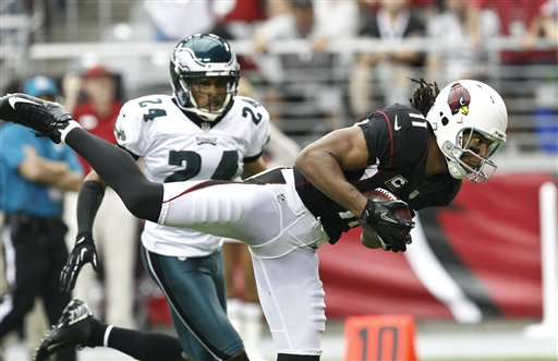 Larry Fitzgerald scores a TD vs. the Eagles. (AP)