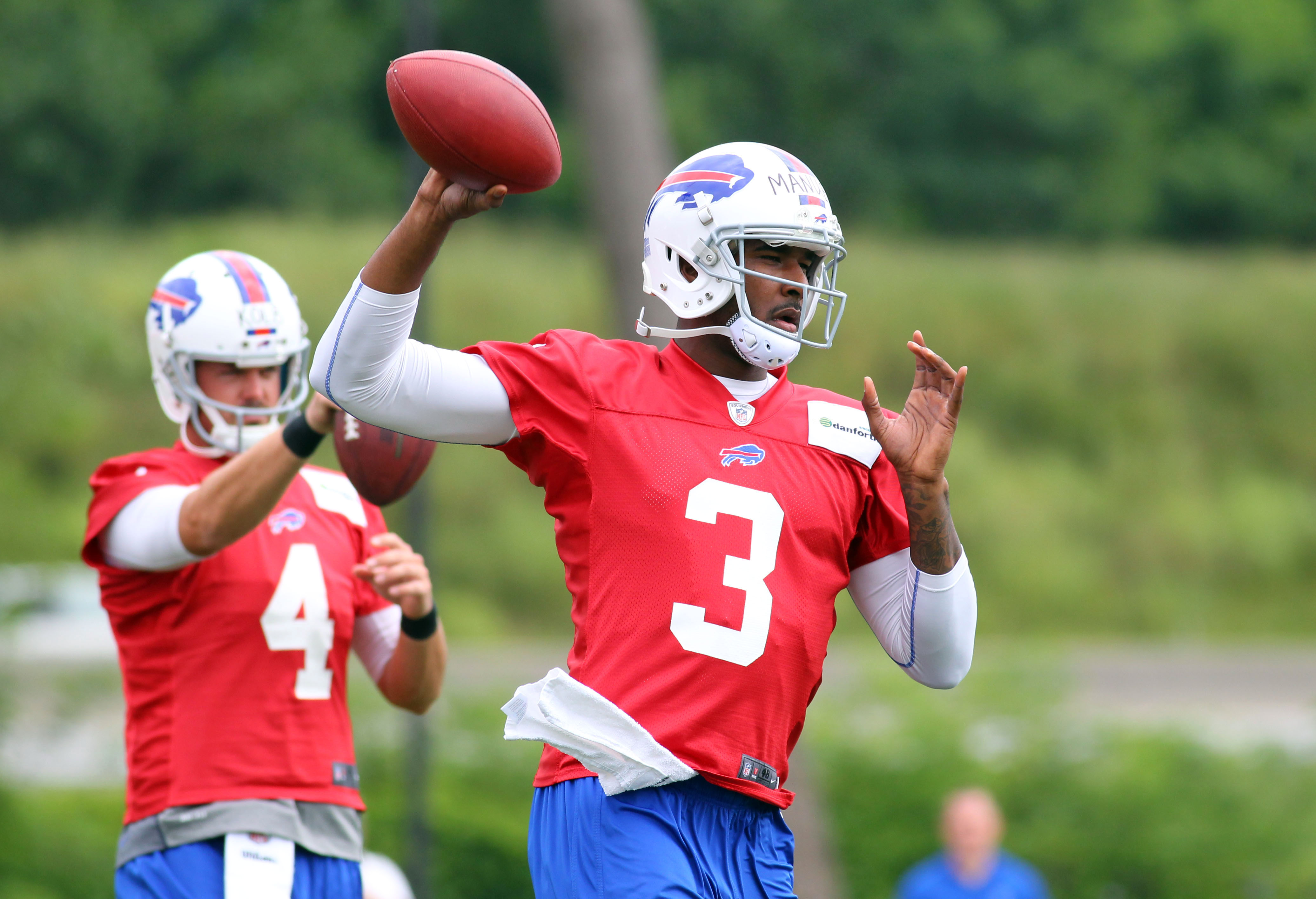 Rookie EJ Manuel (3) is battling Kevin Kolb for the Bills starting QB spot. (AP)