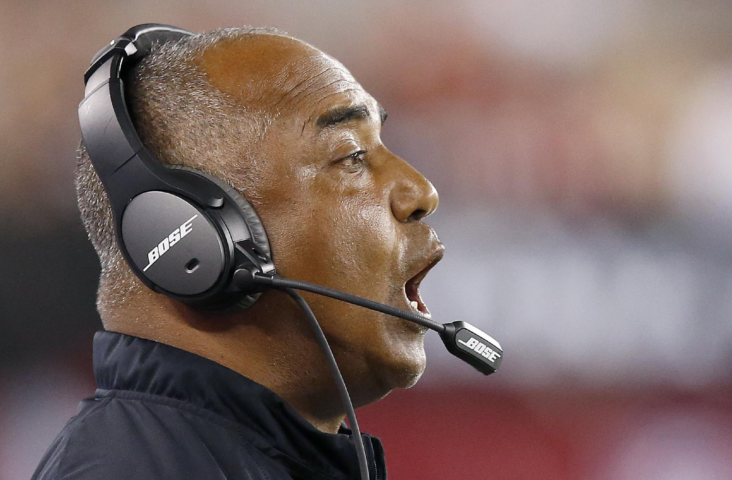 Cincinnati Bengals head coach Marvin Lewis shouts instructions to his players during the second half of an NFL preseason football game against the Arizona Cardinals Sunday, Aug. 24, 2014, in Glendale, Ariz.  The Bengals defeated the Cardinals 19-13