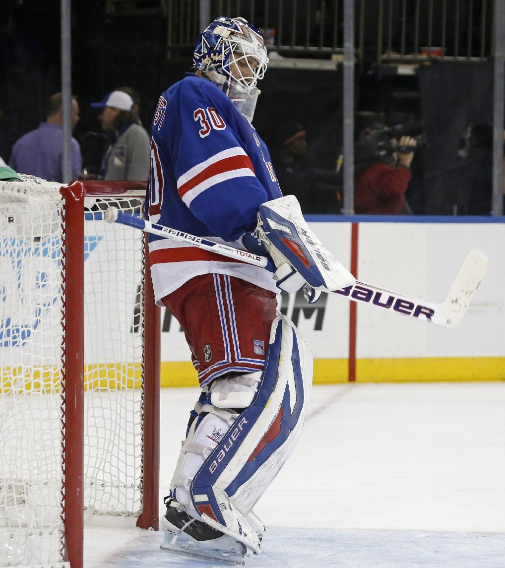 New York Rangers goalie Henrik Lundqvist (30) of Sweden reacts after giving up a goal to Montreal Canadiens center Alex Galchenyuk (27) in the third period of the Rangers 2-0 loss to the Montreal Canadiens in an NHL hockey game at Madison Square Garden in New York, Monday, Oct. 28, 2013. The Rangers are now 3-7