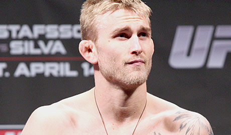 Should Alexander Gustafsson call for a title shot if he beats Gegard Mousasi? (MMAWeekly)