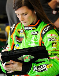 Danica likes fit with new, old-school crew chief