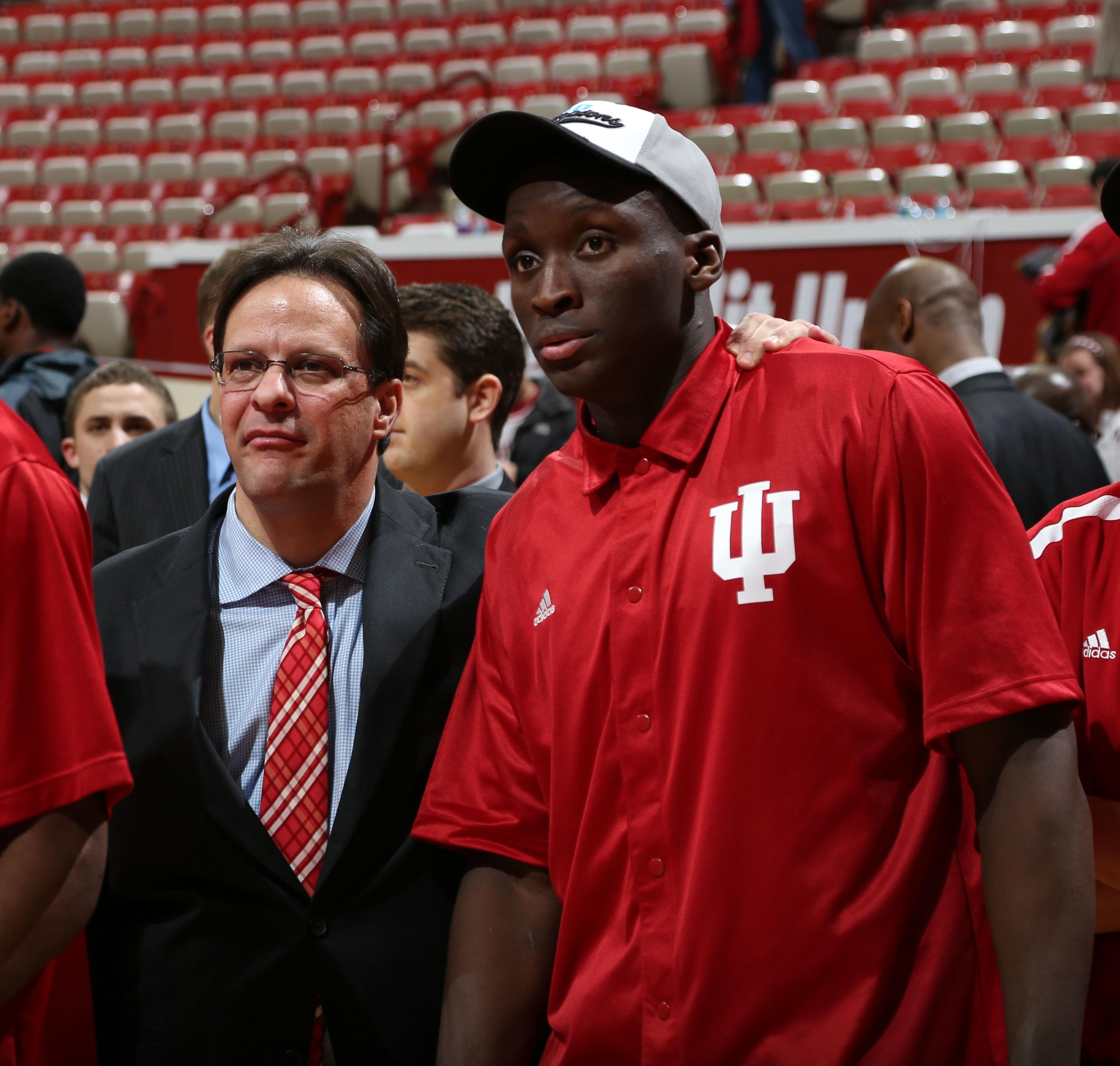 Hoosiers coach Tom Crean with guard Victor Oladipo. (USA TODAY Sports)