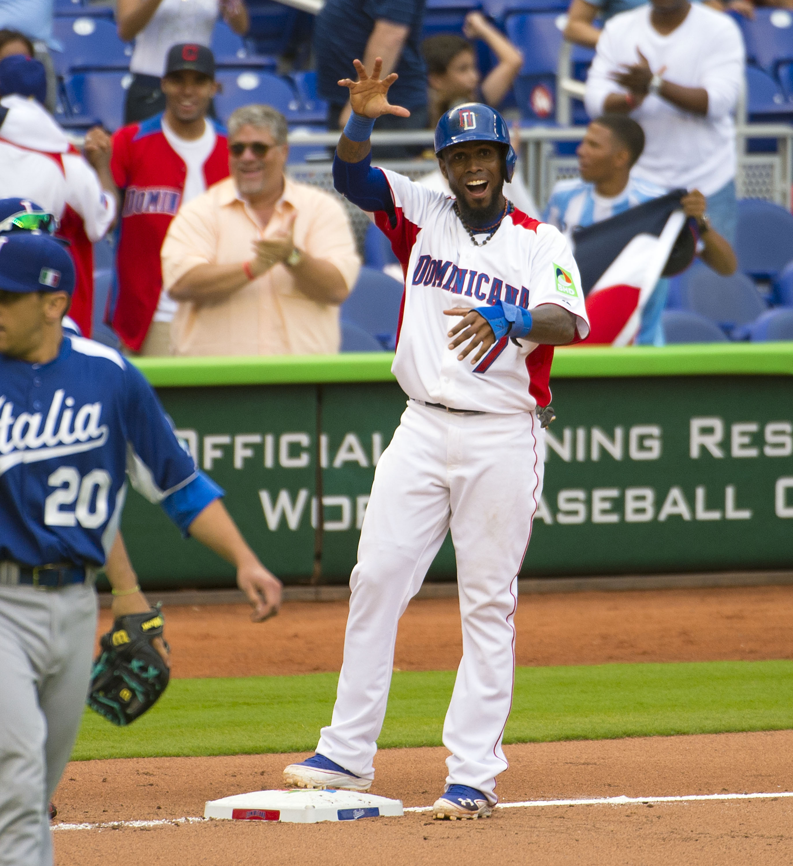 Jose Reyes homered in the Dominican Republic's comeback against Italy on Tuesday. (USA Today Sports)