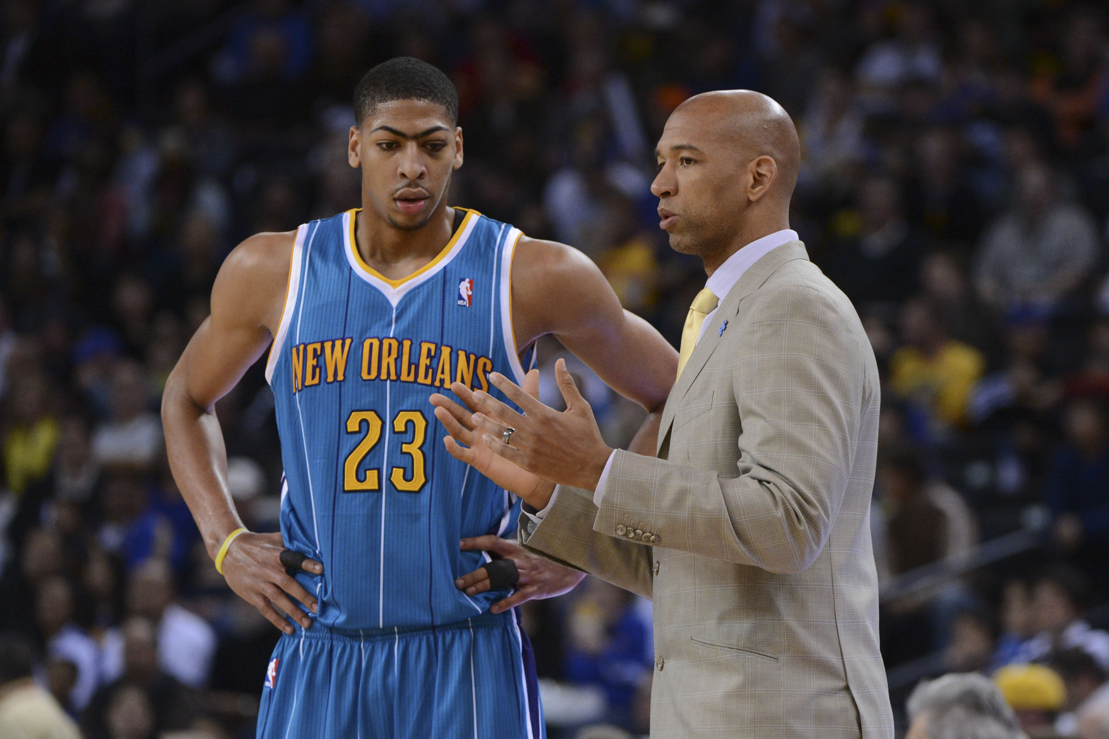 Hornets coach Monty Williams wants to see Anthony Davis put on about seven pounds this offseason. (USA Today Sports)