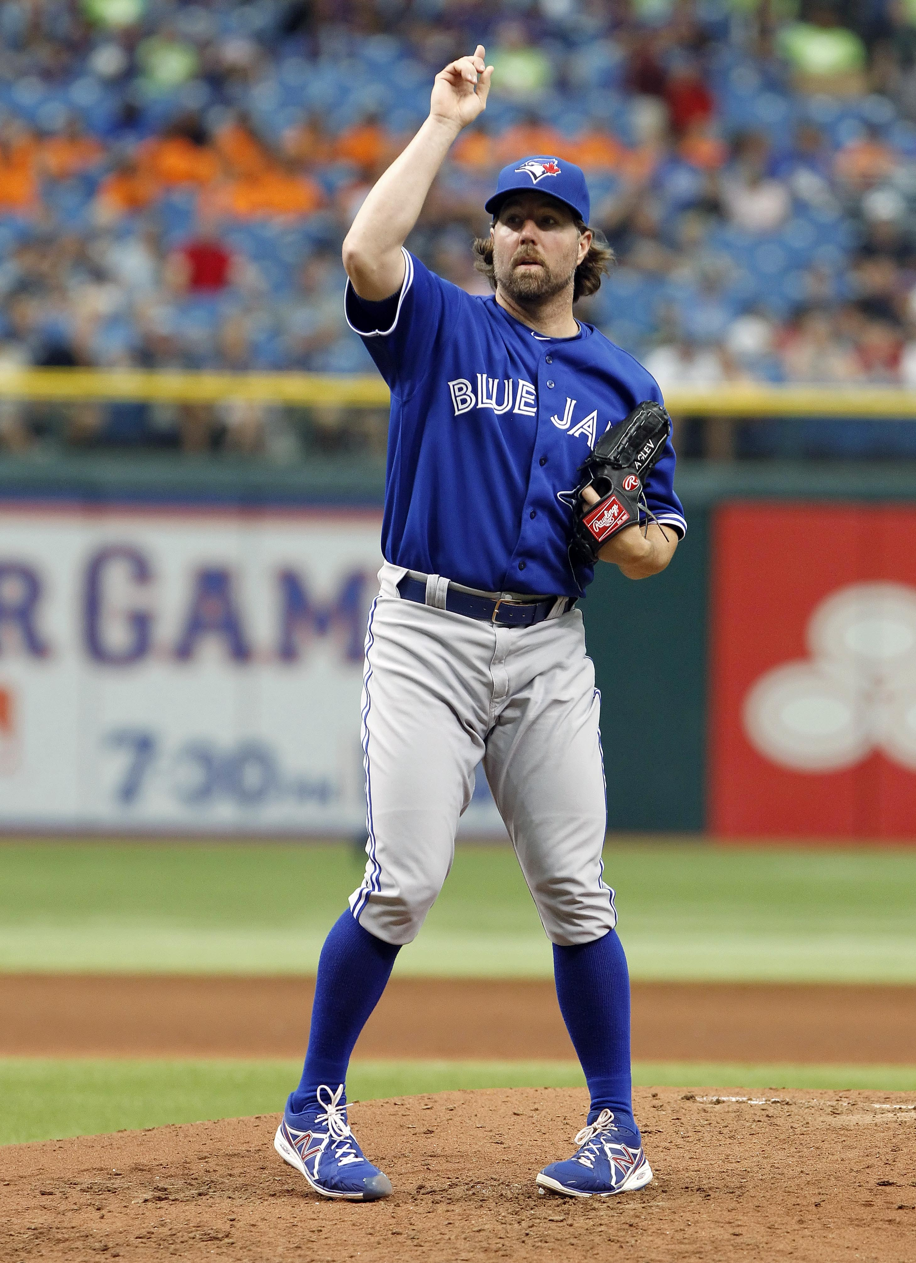 R.A. Dickey hopes to use his two-hitter against the Rays as a spring board in improving his season. (USA Today Sports)
