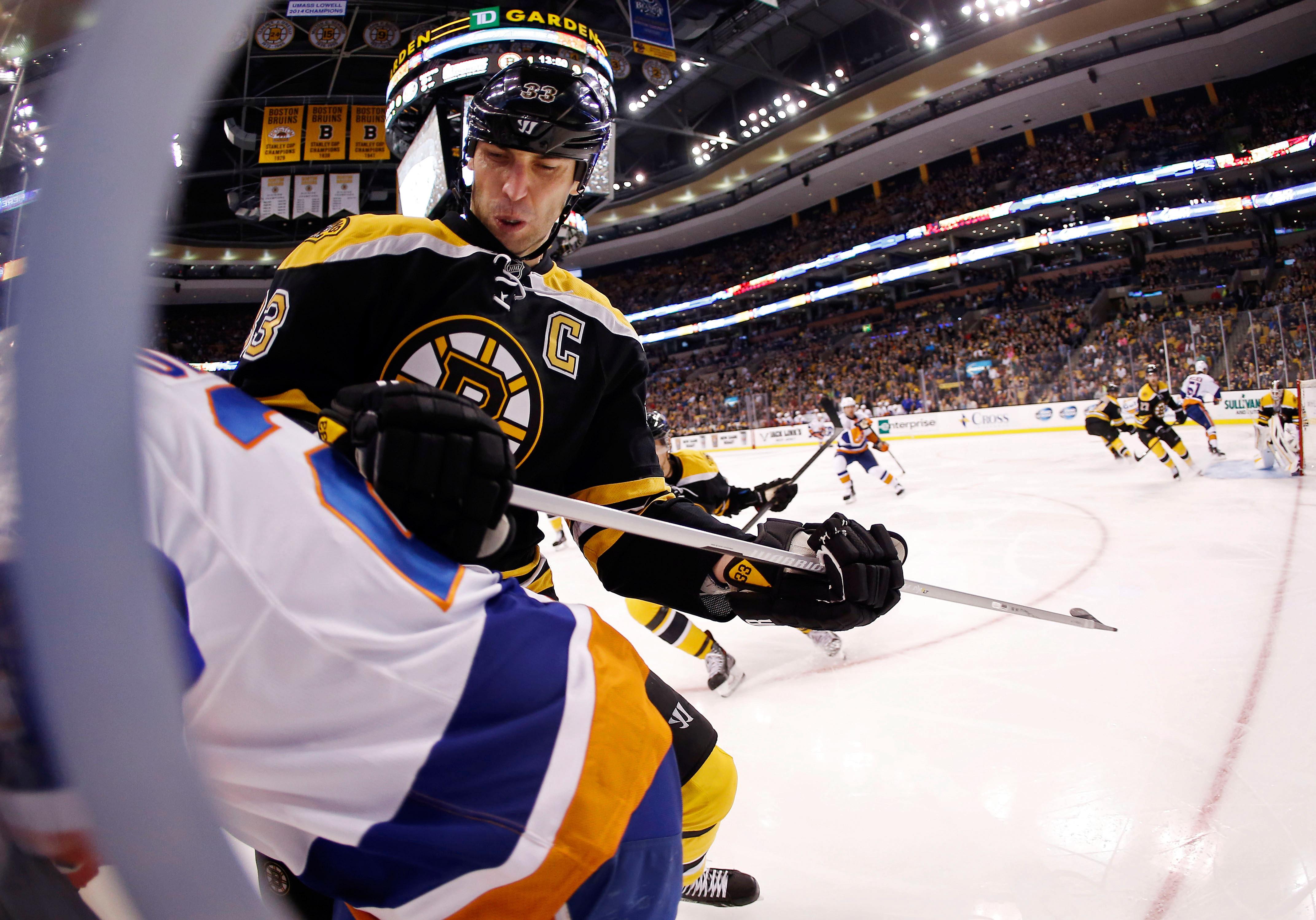 Chara Powers Up; Habs' Leadership Shift; NHL Notes